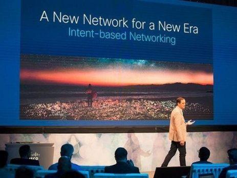 سیسکو و اپل با مشارکت یکدیگر بیمه سایبری ارائه میکنند