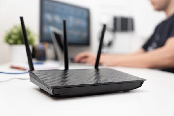 ۴- تمام دستگاههای متصل به اینترنت را قطع کنید